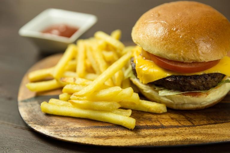 burger-2612137_1280