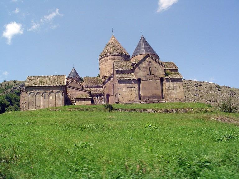 Goshavank_monastery_-_panoramio