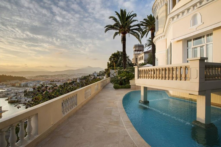 Stay in a château overlooking Nice  © Airbnb