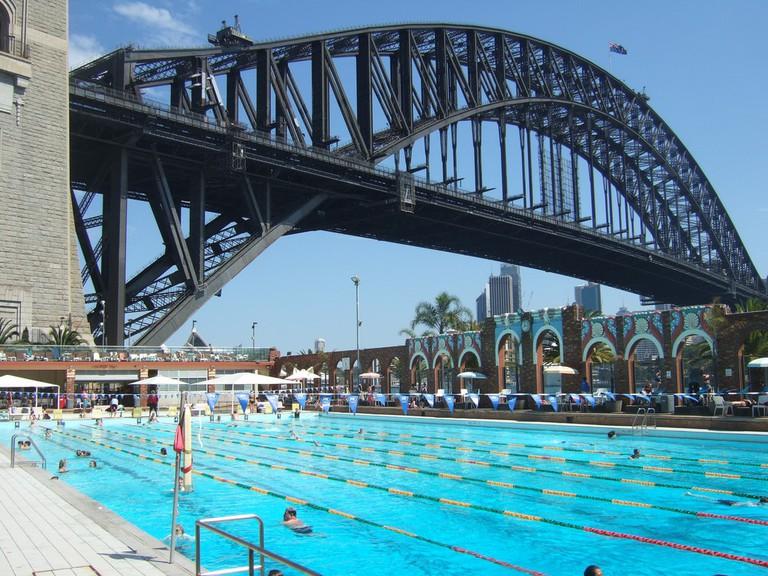 North Sydney Olympic Pool © Guido Tresoldi / Flickr