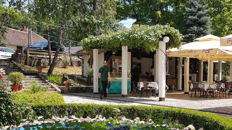 The delightful terrace at Lovački Dom