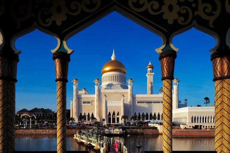 Sultan Omar Ali Saifuddien Mosque Brunei