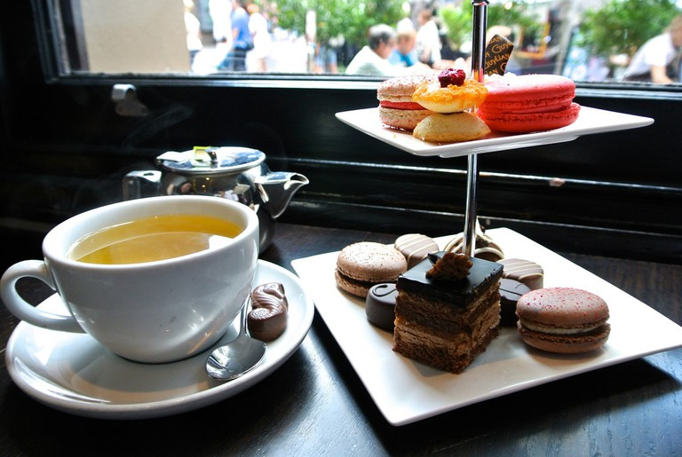 Tea at the Guylian cafe © Jason Tong / Flickr