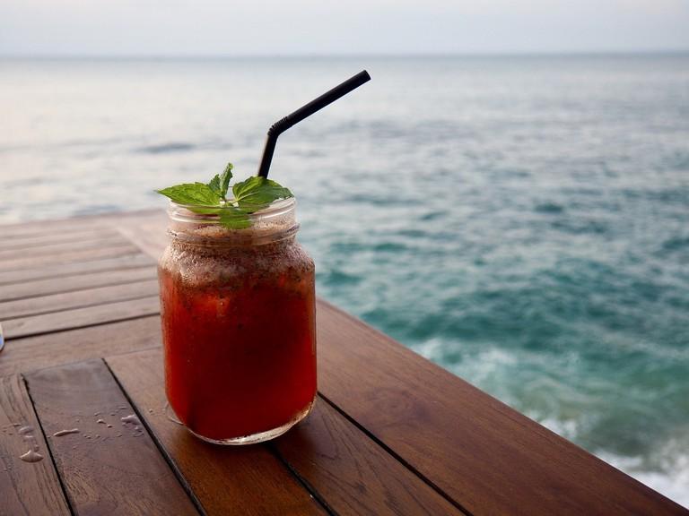 best bars perhentian islands
