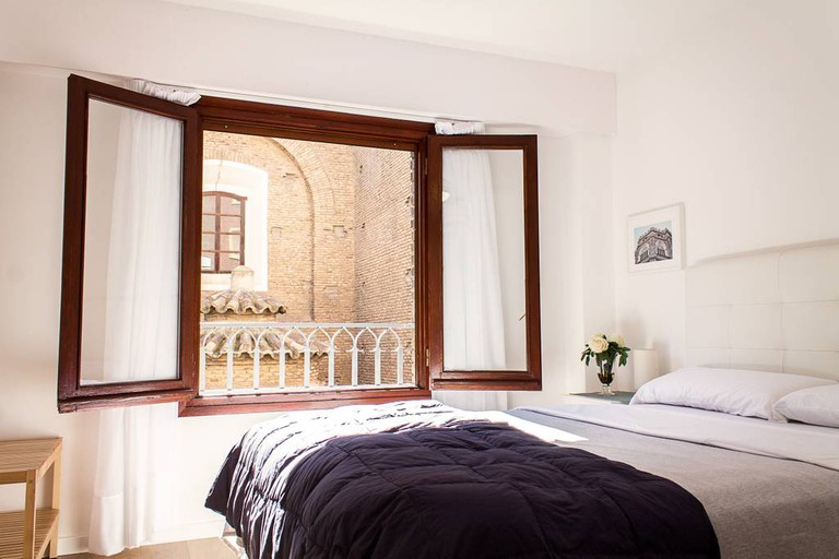 Apartment+Garage with views in historical centre Zaragoza, Spain