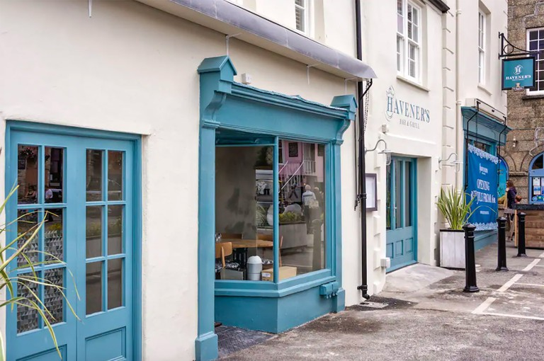 Havener's Bar and Grill, Fowey