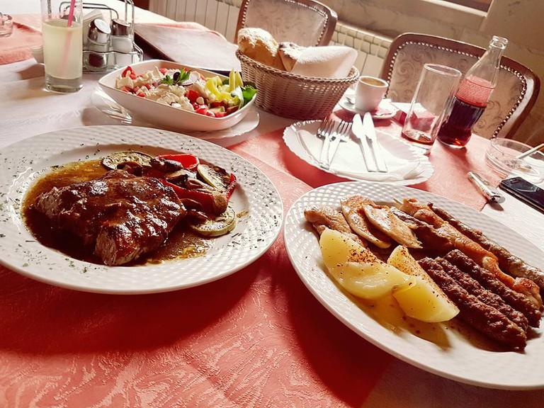 A hearty meal at RAS Pazarište