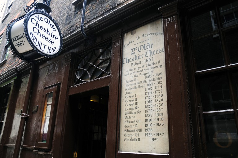 Ye Olde Cheshire Cheese Pub, Fleet Street, London