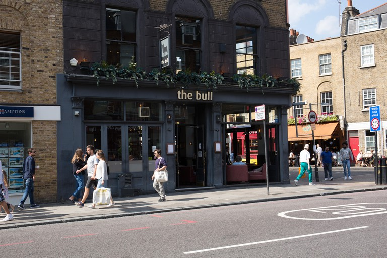 The Bull, Upper Street Islington London