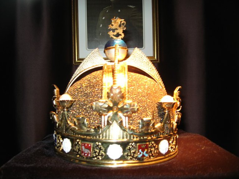 King_of_Finland's_crown