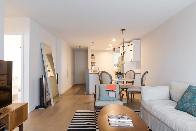 Cozy Apartment with Views of Santa Monica Beach