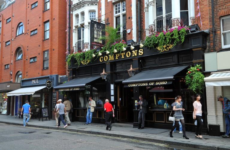 Comptons pub, Old Compton Street, Soho, London, Britain, UK. Image shot 08/2011. Exact date unknown.