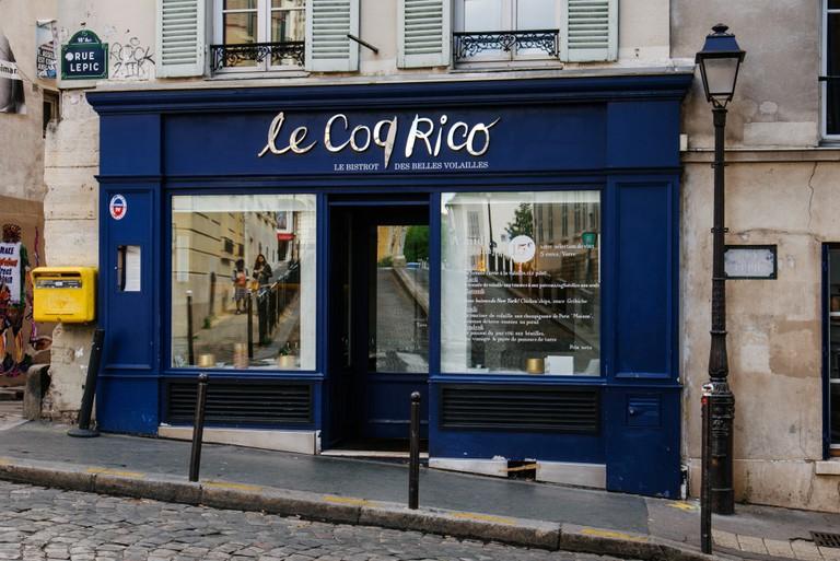 Le Coq Rico restaurant entrance on Rue Lepic.