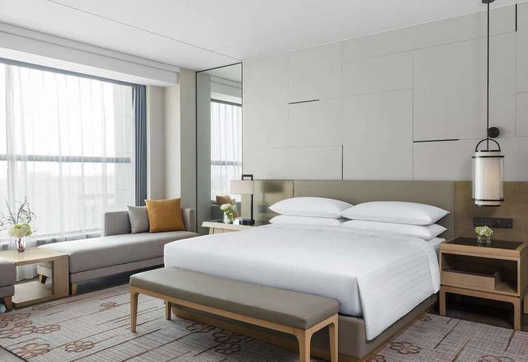 The Shanghai Marriott Hotel Kangqiao is particularly popular among business travellers