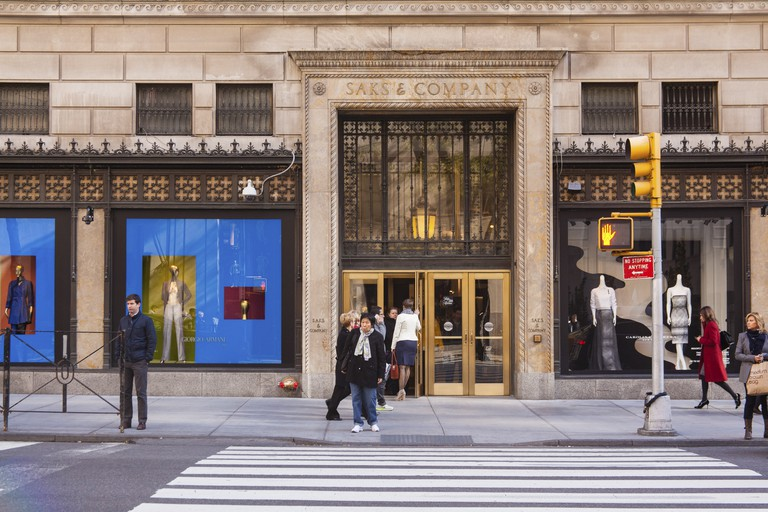 Saks & Company Department Store, Fifth Avenue, Manhattan, New York City, USA.
