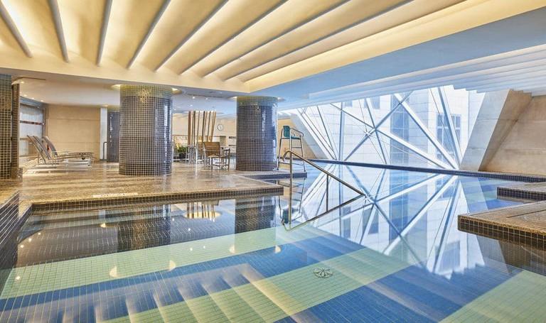 The Westin Bund Center Shanghai has its own indoor pool