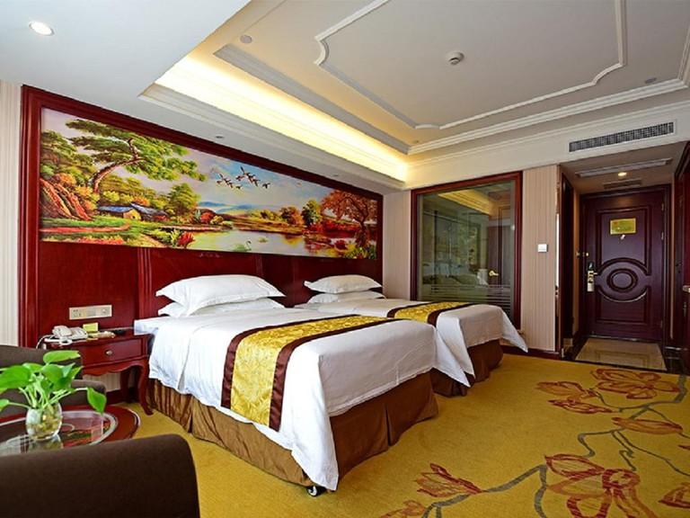Vienna Hotel Shanghai