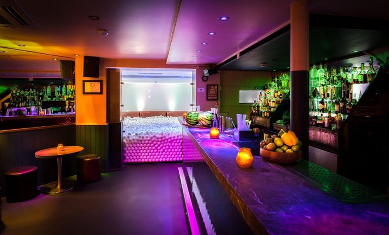 Eclipse bar, Kensington