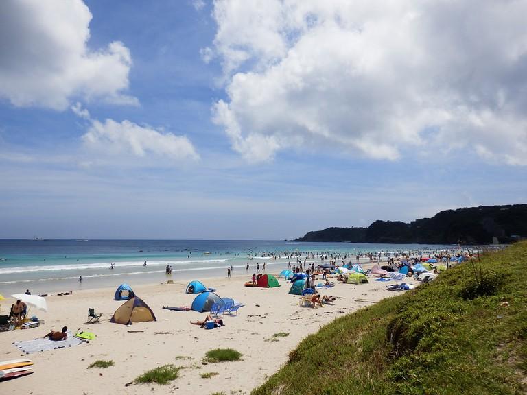 shirahama_beach_camping