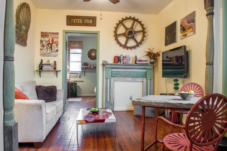 This charming artist's flat is ideal for two people