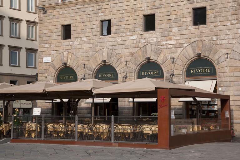 Rivoire sits facing Palazzo Vecchio in Piazza della Signoria