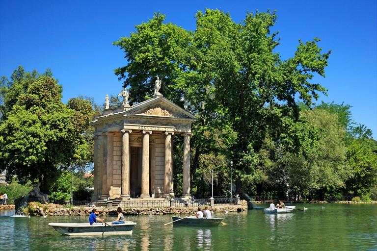 Lake of the Villa Borghese gardens