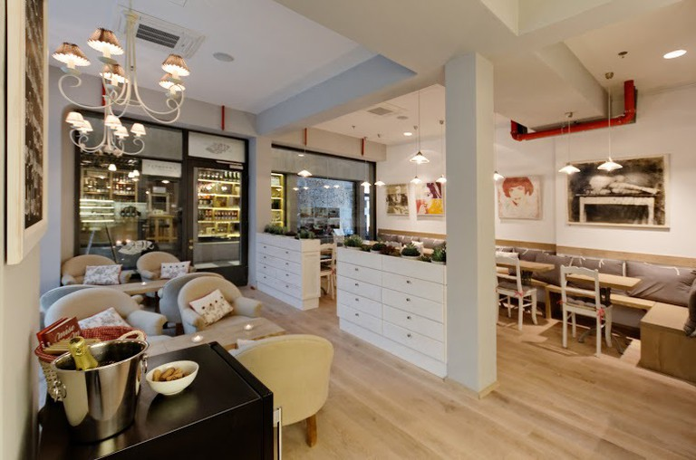 MyRaw Café in Prague offers a variety of plant-based breakfast dishes