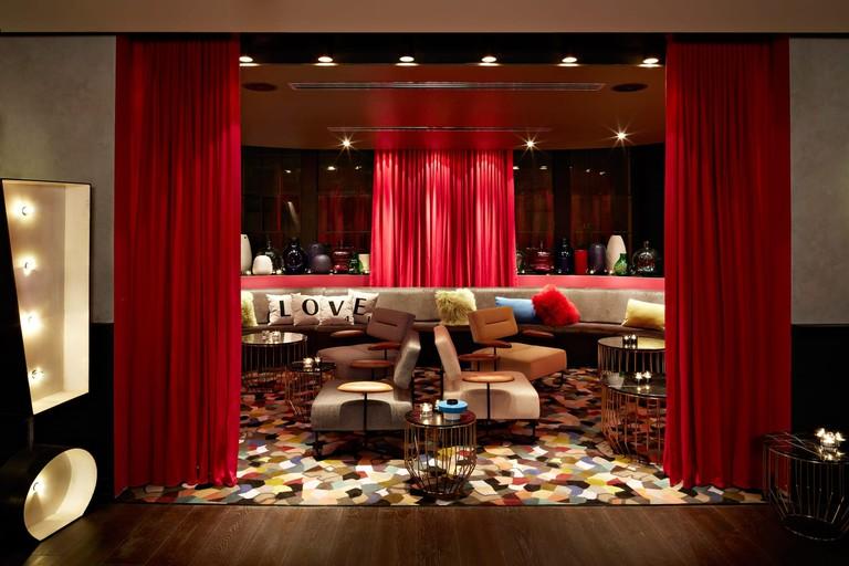 QT Sydney lounge