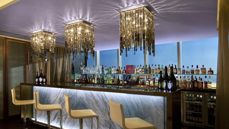 Interior of Ray's Bar