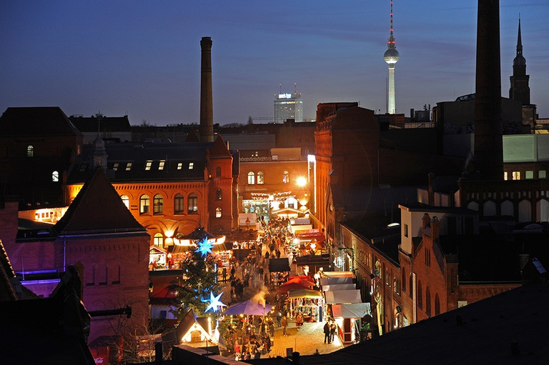 2 - Lucia Weihnachtsmarkt