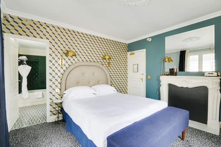 The boutique double rooms are decked out with chic decor and stylish finishing touches, Grand Pigalle Hôtel, Paris