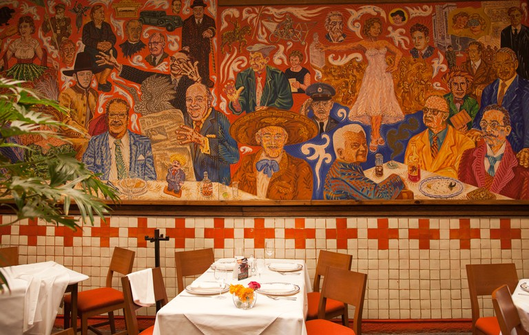El Mural De Los Poblanos Restaurant - Large Mural Painting - in Puebla - Mexico