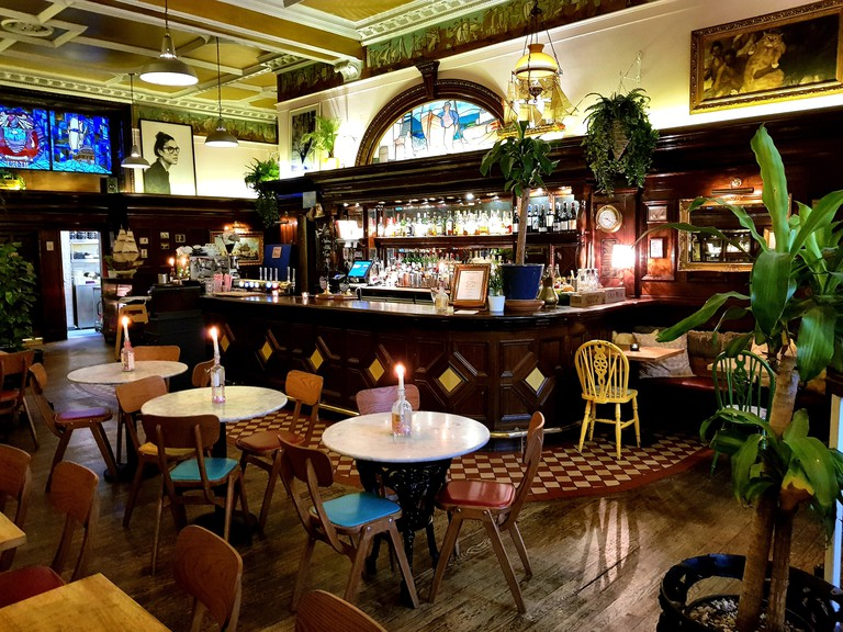 Nobles is something of a Leith institution