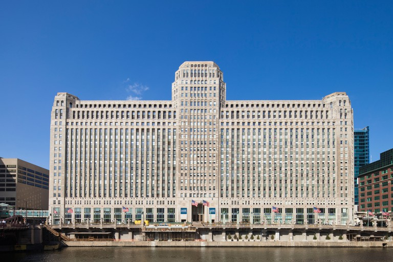 The Merchandise Mart was the largest building in the world when it opened in 1930