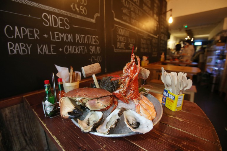 Tuck into speciality oysters and succulent crab at Klaw