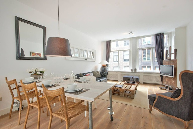 Two-bed apartment in city centre