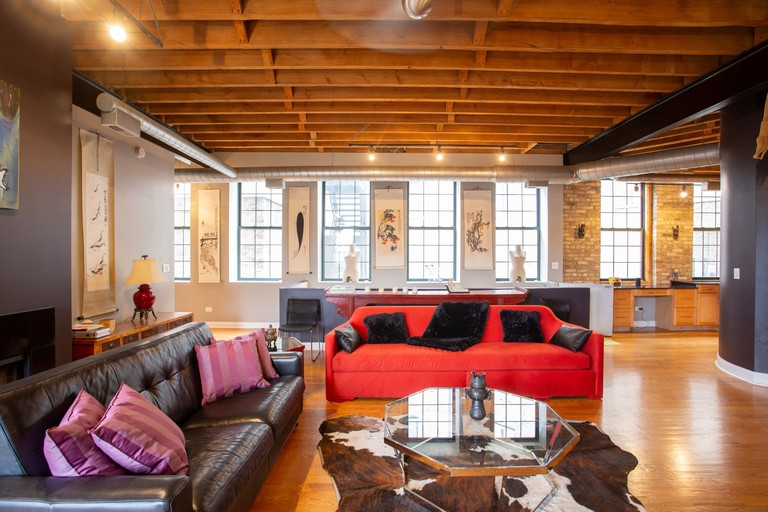 Modern loft conversion with Jacuzzi in a 1904 former factory