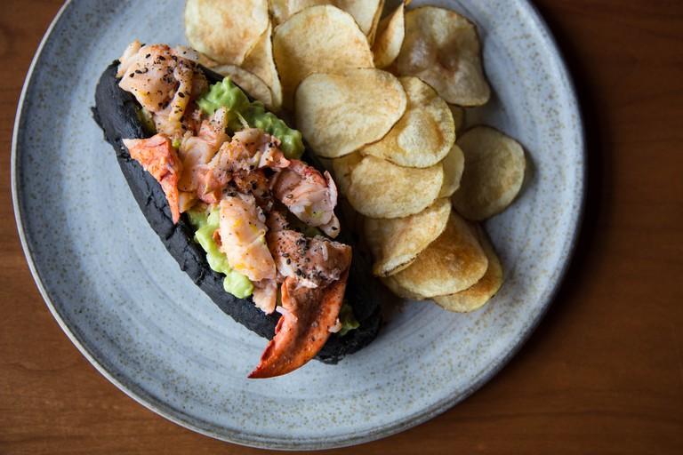 PAGU_lobster roll by TC
