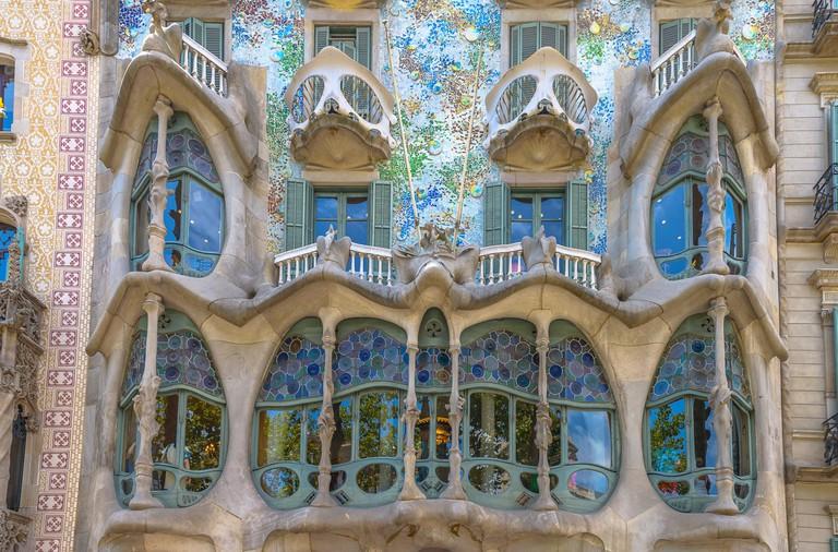 The Casa Batlló has a skeletal appearance