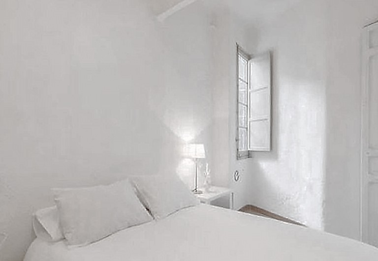 This penthouse is perfect for those who want to experience Madrid's round-the-clock nightlife