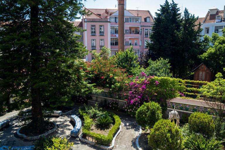 Private garden at Sant Jordi Hostels Lisbon