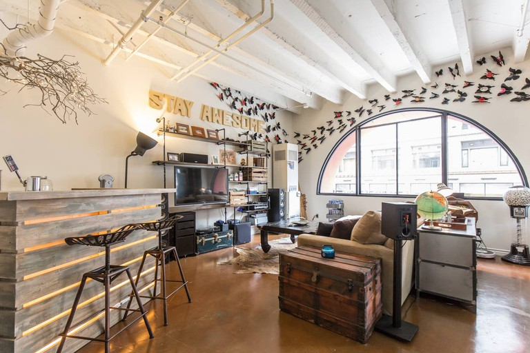 Hip Artist's Loft with Rooftop Hot Tub