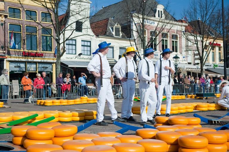 Carriers at Alkmaar cheese market