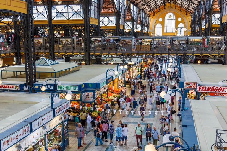 Stall inside the covered Central Market Hall (Vasarcsarnok), at end of Vaci ucta, Pest, Budapest, capital city of Hungary, central Europe