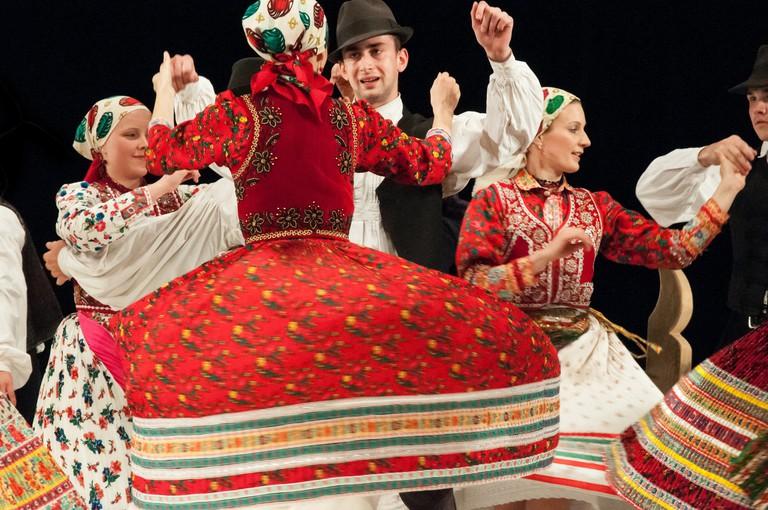 Hungarian folk show at the Danube Palace