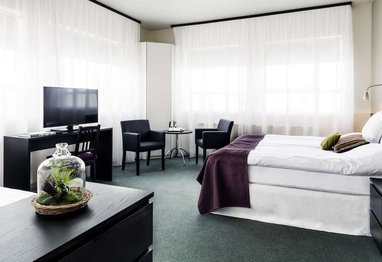Triple room at 22 Hill Hotel