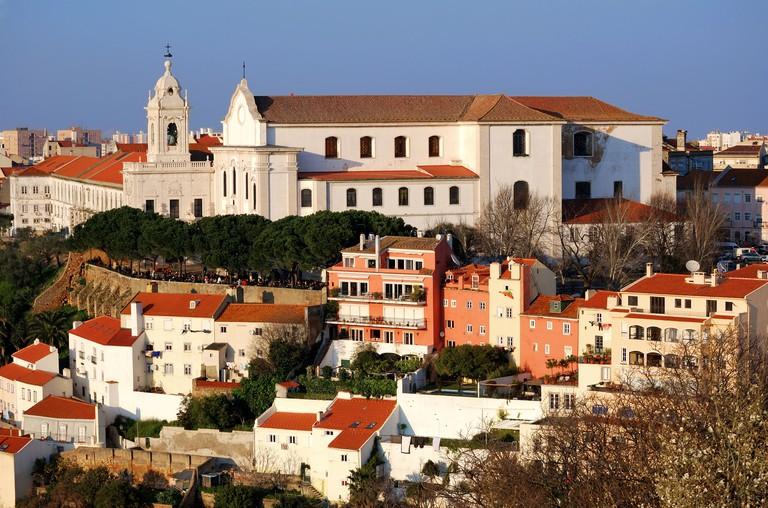 Explore Lisbon's Alfama district via an interactive game