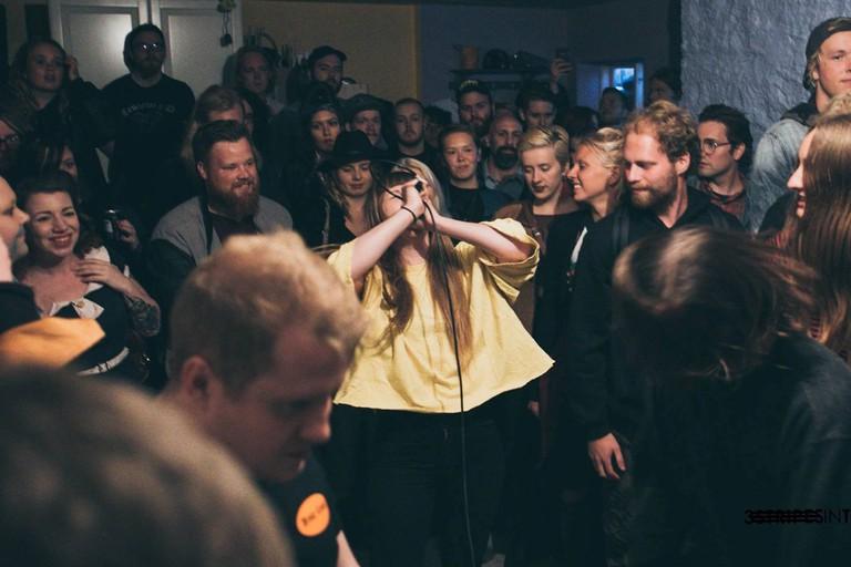 R6013, Reykjavik