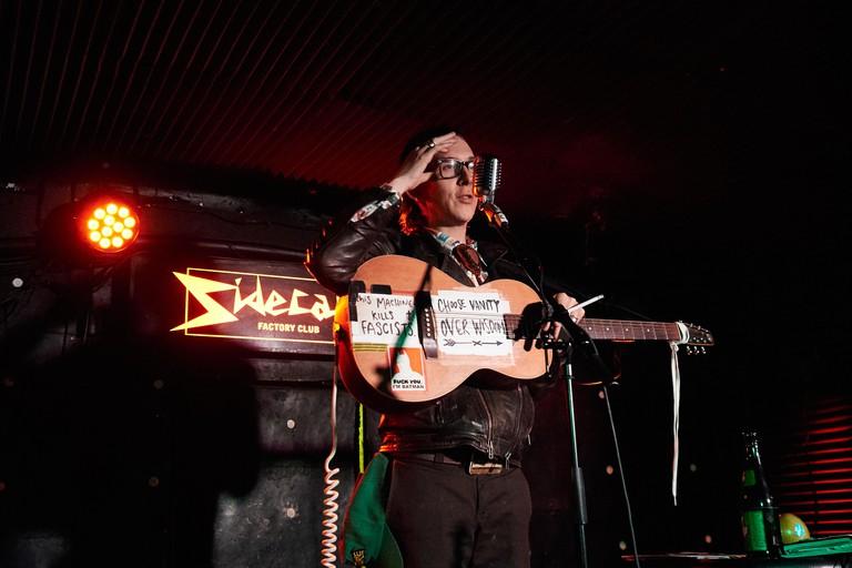 Micah P Hinson performing at Sidecar Factory Club, Barcelona, Spain.Photo: Mariano Anton. January 2019