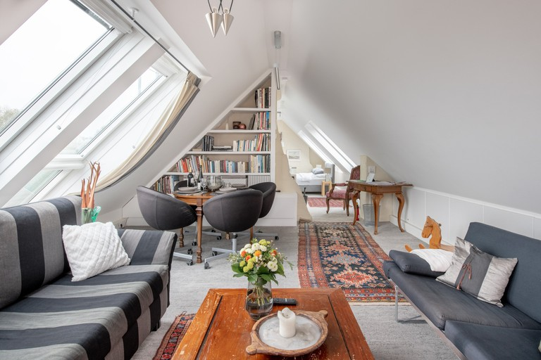 This studio in Vienna is a calm oasis in the quiet Währing area